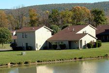 12 Pond View Ct, Corning, NY 14830