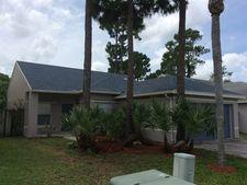 180 Heatherwood Dr, West Palm Beach, FL 33411