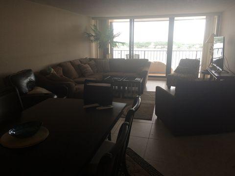 134 Lakeshore Dr Ph 22, North Palm Beach, FL 33408