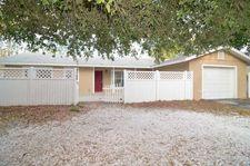 610 Melody Cir, Sarasota, FL 34237