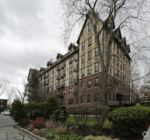 Apartment for rent at 221 225 belleville ave bloomfield for 1 garden terrace north arlington nj