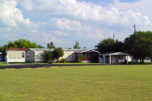 900 Broken Feather Trl, Pflugerville, TX 78660