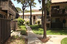 887 Saint Charles Dr, Thousand Oaks, CA 91360