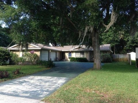 805 N Ridgewood Ave, Ormond Beach, FL 32174