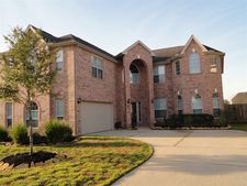 22507 Two Lakes Dr, Tomball, TX 77375