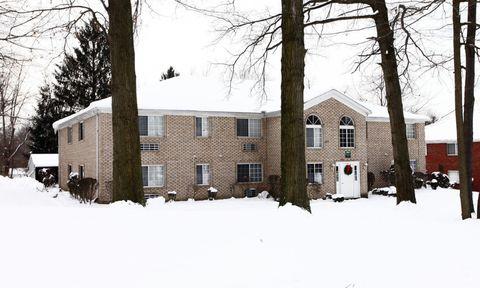 122 403 Ashberry Ln, New Castle, PA 16105