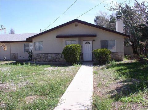 9977 Oakwood Ave, Hesperia, CA 92345