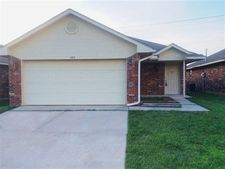 505 SW 35th St, Moore, OK 73160