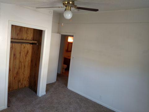 1636 Lawndale Ave, El Dorado, KS 67042