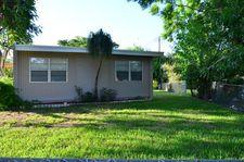 251 Kingsbridge St, Boca Raton, FL 33487