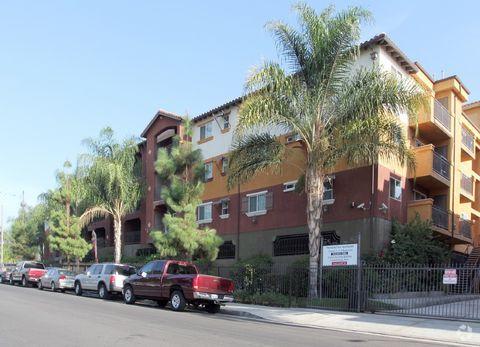 13140 Dronfield Ave, Sylmar, CA 91342