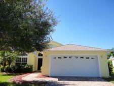 585 Cottonwood Rd, Sebastian, FL 32958