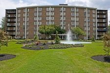 7604 Fontainebleau Dr, New Carrollton, MD 20784
