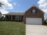 1648 Cedar Springs Cir, Clarksville, TN 37042