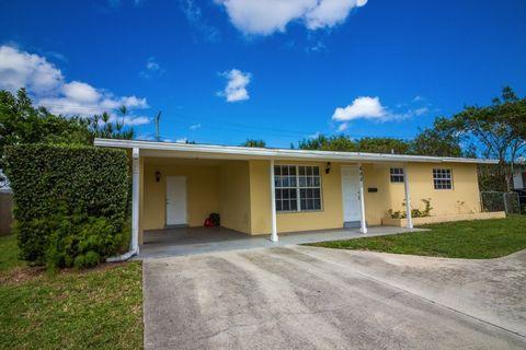 4981 Cresthaven Blvd, West Palm Beach, FL 33415