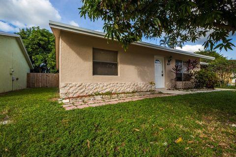 6130 Wauconda Way E, Lake Worth, FL 33463