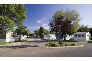 21155 Warner Ave, Warren, MI 48091