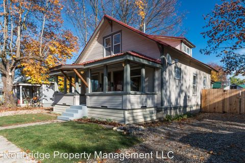 411 S Florence Ave, Sandpoint, ID 83864