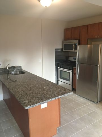 20 Sheafe St Apt 1 R, Boston, MA 02113