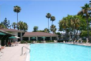 Hermosa Village Apartments For Rent In Anaheim
