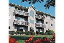 9001 Portage Pointe Dr Apt F104, Streetsboro, OH 44241