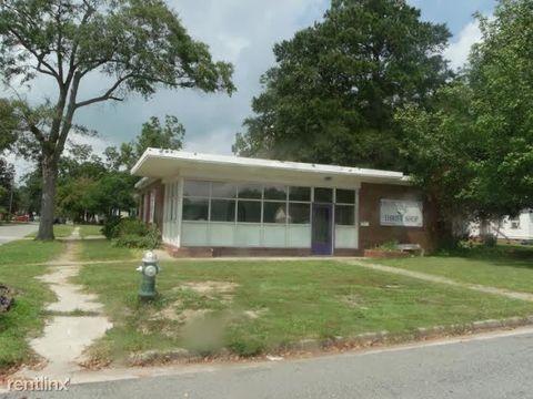 900 Carolina Ave, Kinston, NC 28504