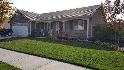 1547 Atlantic Ave, Lemoore, CA 93245