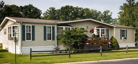 165 S Opdyke Rd, Auburn Hills, MI 48326