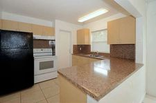 6850 SW 18th Ct, North Lauderdale, FL 33068