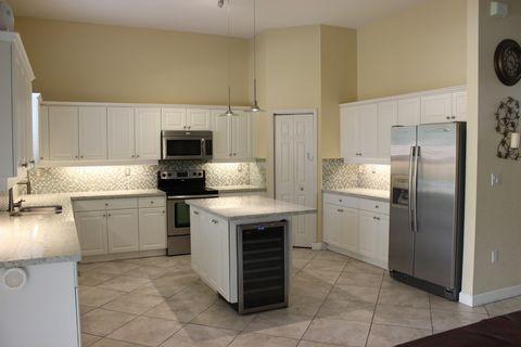 2128 Ne 38th Rd, Homestead, FL 33033