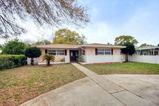 6138 8th Ave S, Gulfport, FL 33707