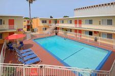 2501 Pico Blvd, Santa Monica, CA 90405