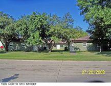 1505 N 5th St, Grand Forks, ND 58203