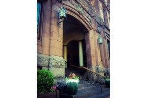 Photo of 423 Walnut Street