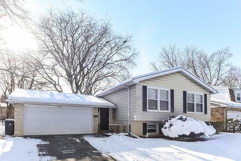 4141 Oakwood Ln, Matteson, IL 60443