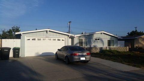 11182 Santa Rosalia St, Stanton, CA 90680