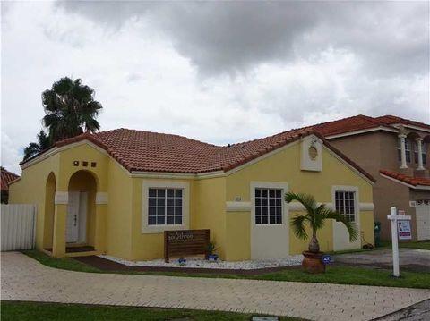 653 Nw 125th Ct, Miami, FL 33182