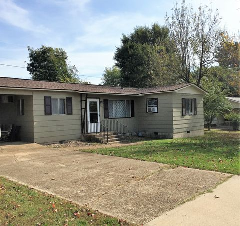 509 N College St, Mountain Home, AR 72653