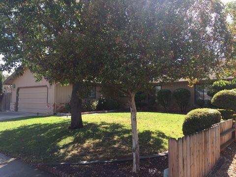 911 W El Dorado Dr, Woodland, CA 95695