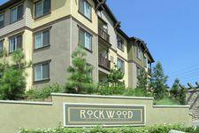 16613 Foothill Blvd, Sylmar, CA 91342
