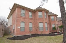 3614 Pine Chase Dr, Pearland, TX 77581