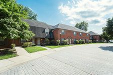 8717 Old Town West Dr, Indianapolis, IN 46260