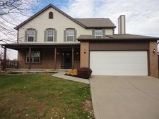 4846 Grove Pointe Dr, Groveport, OH 43125