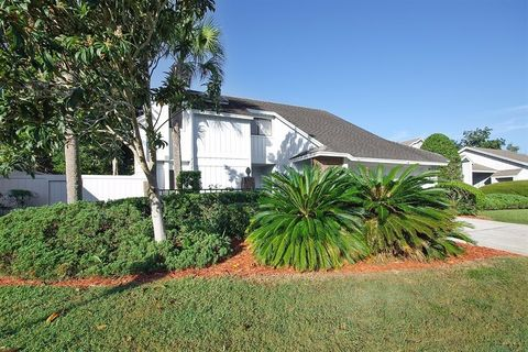 2648 Bent Hickory Cir, Longwood, FL 32779