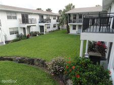 424 N Grandview Ave, Daytona Beach, FL 32118