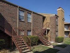 1802 Apollo Rd, Garland, TX 75044