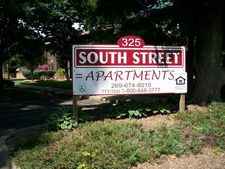 325 South St, Lawrence, MI 49064