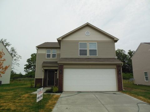 8046 Fisher Bend Dr, Indianapolis, IN 46239