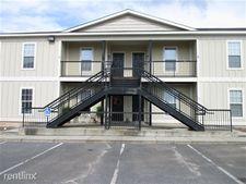 101 Oak Forest Ln, Tifton, GA 31793