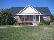 722 N Woodson Rd, Clarksville, TN 37043
